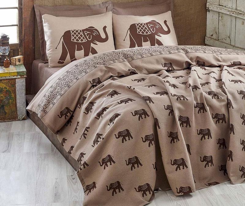 Cuvertura Pique Elephant Brown 200x235 cm