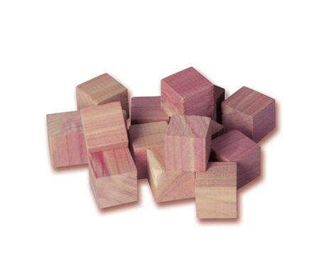 Zestaw 16 kostek przeciw molom Cedar Cube
