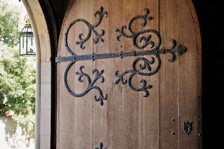 Средновековна обстановка